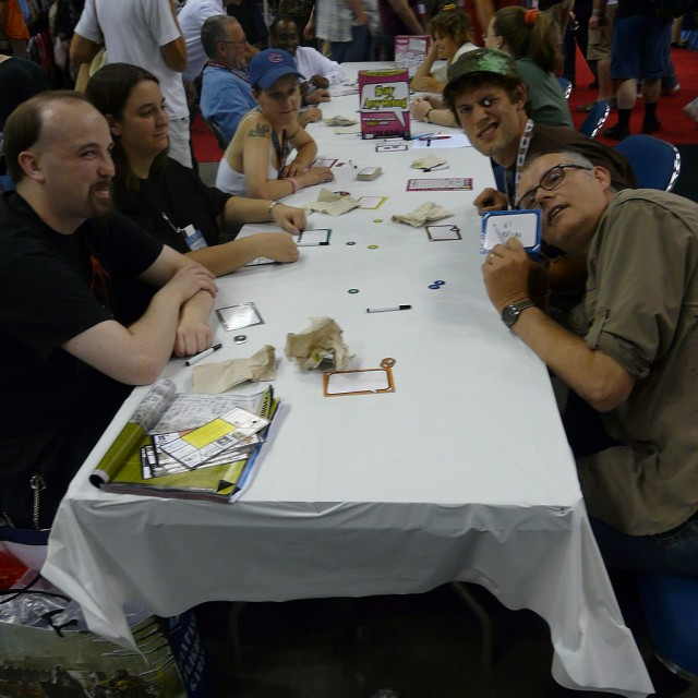 Gen_Con_Indy_2008_-_people_gaming